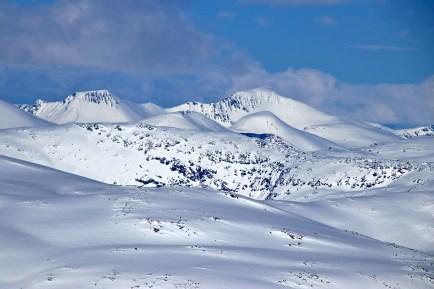 More Stryn peaks