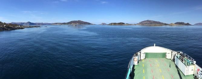 Sandsøya comes into view
