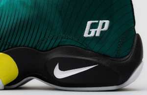 nike-air-zoom-flight-the-glove-sole-collector-sonic-wave-2
