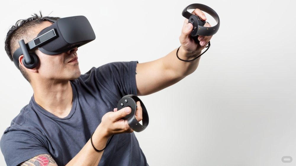 0580c9485afa Oculus released 2 development previews that were priced at around  350 USD. The  price of the consumer version is nearly double that