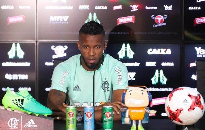 Vaz encara jogo contra o Bahia como decisão no Brasileiro