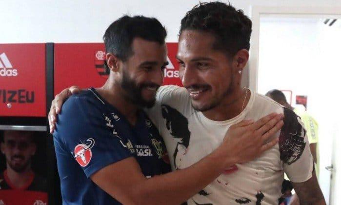 Guerrero admite saudade e dá novo ânimo ao elenco do Flamengo