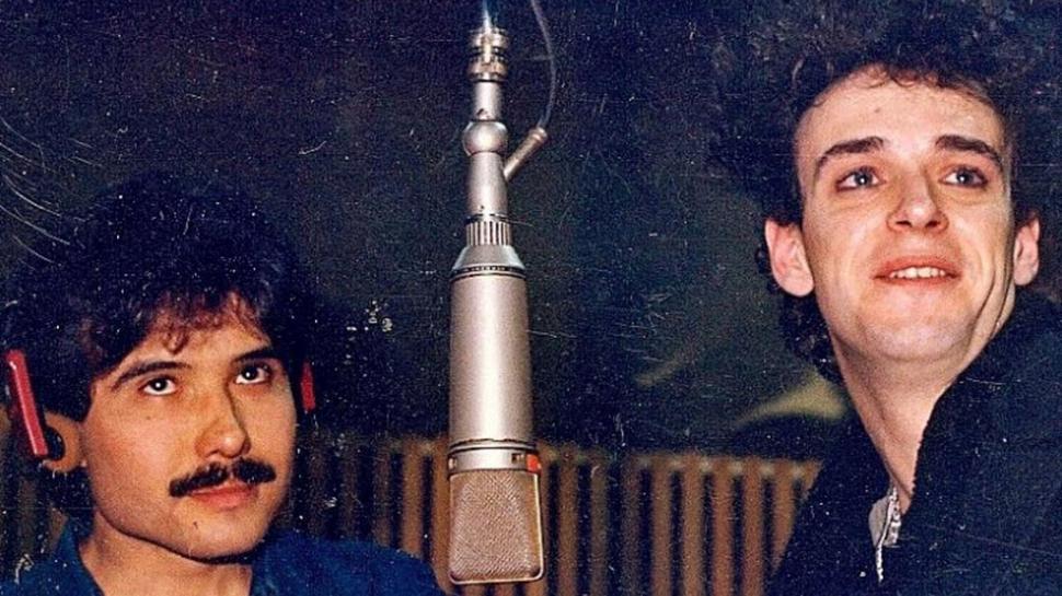 CHARLY ALBERTI y ZETA BOSIO recuerdan el primer álbum de Soda Stereo a 30 años de su lanzamiento. (5/6)