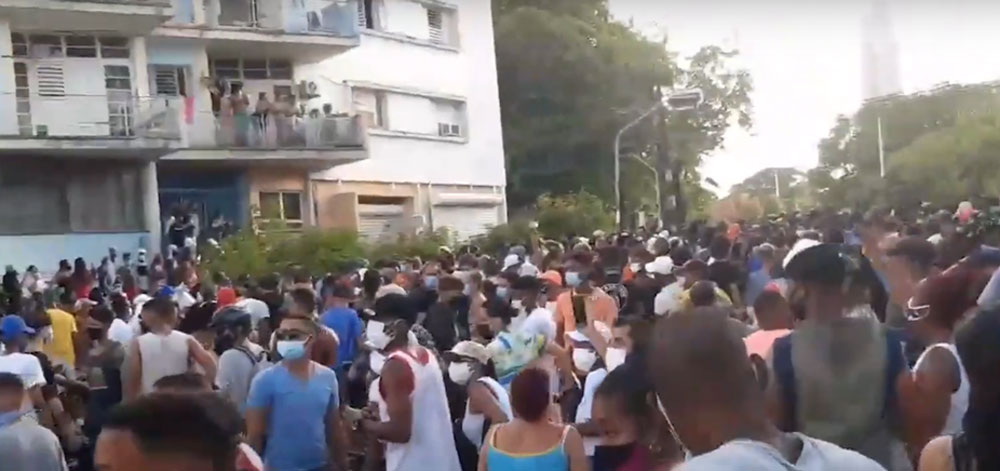 Cubans take to the streets of Havana in the largest anti-government protest in decades. 14ymedio via YouTube