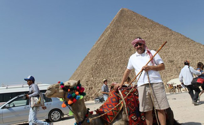 bill delbrugge at giza in egypt with camel