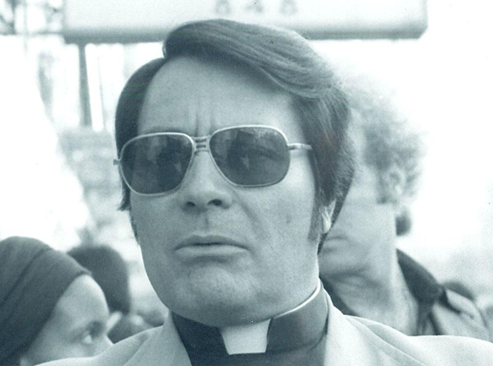 The mass murderer Jim Jones in 1977. (Wikimedia Commons)