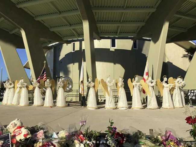 A memorial for the victims of the Parkland massacre. (NSF)