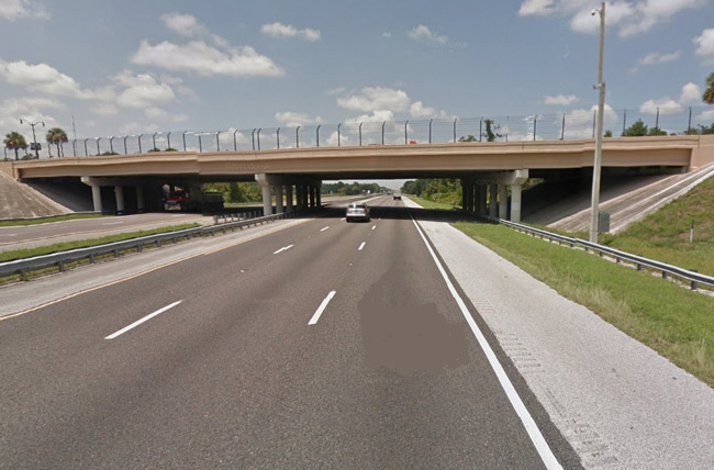 The Palm Coast Parkway overpass at I-95 will not be cluttered with an expensive 'Palm Coast' sign, the city council declared. (© FlaglerLive)