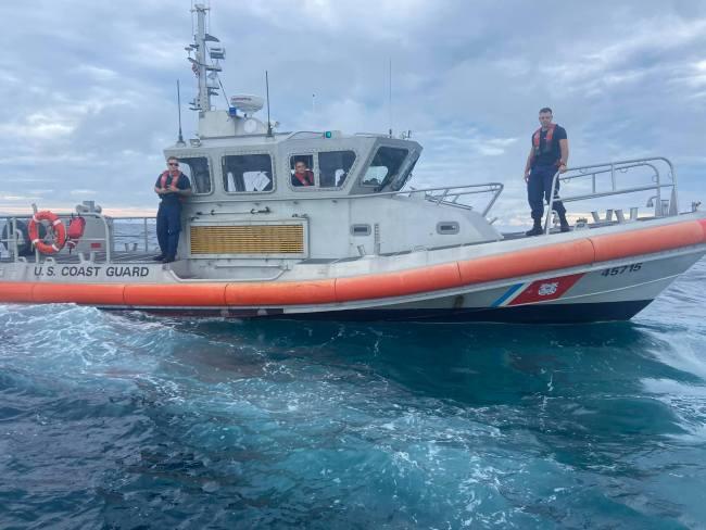 The Coast Guard crew. (Jason Arnett)