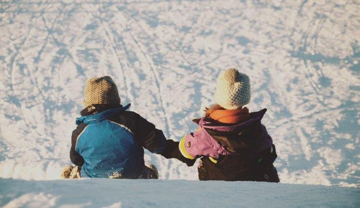 スキーウェアとスノーボードウェアは兼用できる?