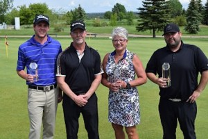 Winner Ryan Condon (Hinton GC) with Team Winners Kyle Crawford (Broadmoor GC) and Dianna Houtstra with Host Professional Bill Newbigging (Photo: PGA of Alberta)