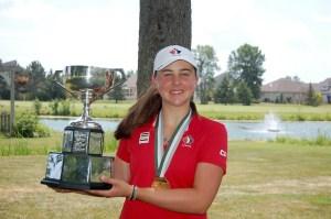 Chloe Currie wins the 2016 Ontario Junior Girls' Championship (Photo: Scott MacLeod, Flagstick.com)
