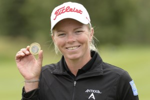 Alena Sharp wins the Sandra Post Medal as low Canadian Professional at the 2016 CP Women's Open (Photo: Golf Canada)