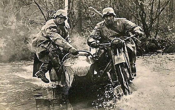 bmw con side car en guerra