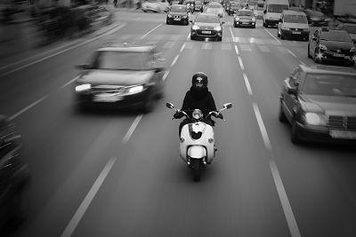 scooter en la ciudad
