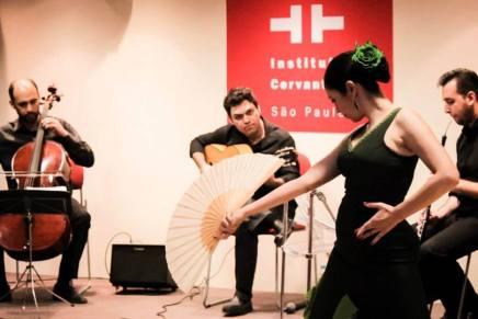 """""""Evocación"""", entre dois mundos: o clássico e o flamenco"""
