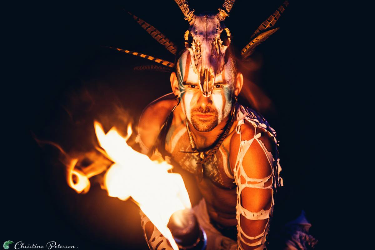 Los Angeles Fire Performer Lester Love Flamewater Circus (5)
