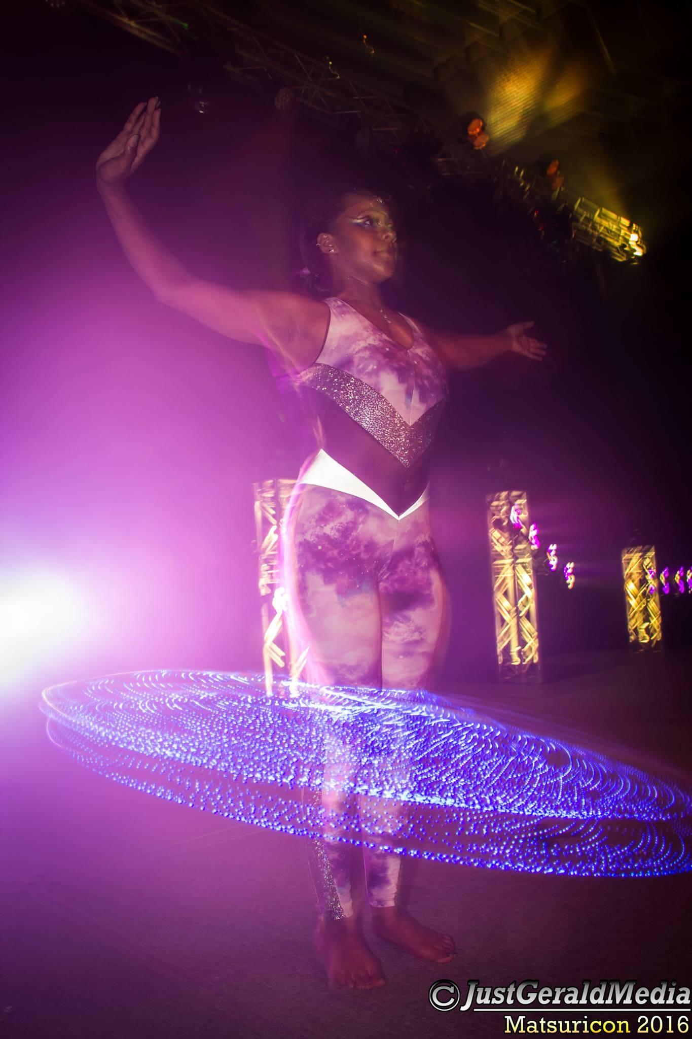 Ohio Circus Performers Maya Skye Flamewater Circus