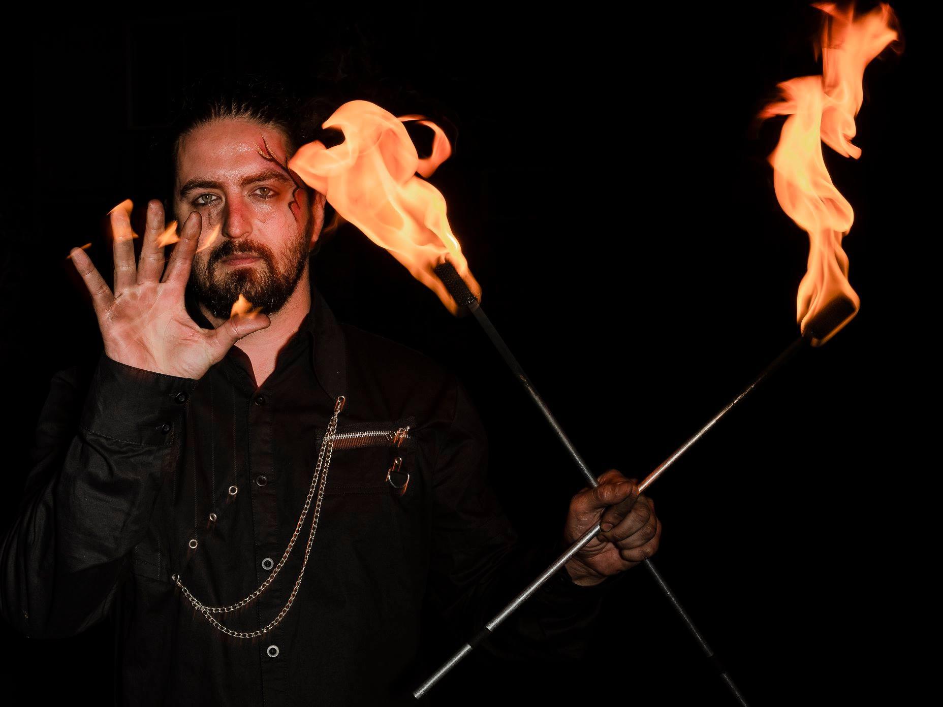 Montreal Fire Eater Dart Vapor Flamewater Circus