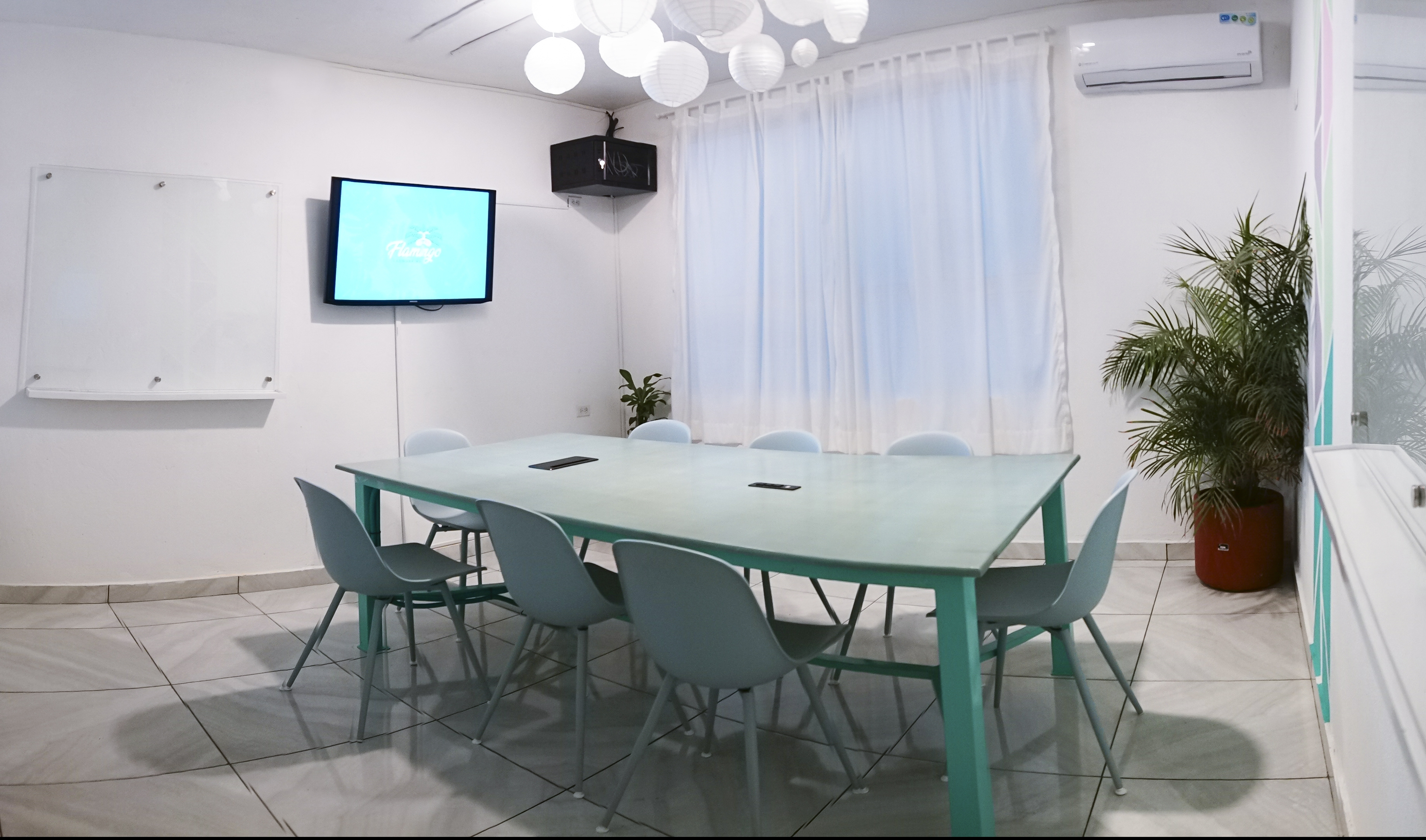 Meeting Room service at Flamingo Coworking in Santa Marta Colombia