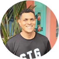 Carlos-Spanish-teacher-at-Flamingo-Spanish-School