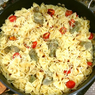 Pasta with Artichokes & Tomatoes | Flamingo Musings
