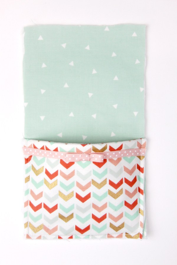 Easy DIY Phone Charger Holder featured by top US sewing blog, Flamingo Toes