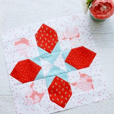 Merry Mini Quilt Sewalong Block 1