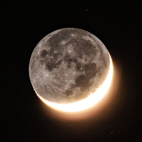Moon with Earthshine above Blackheath