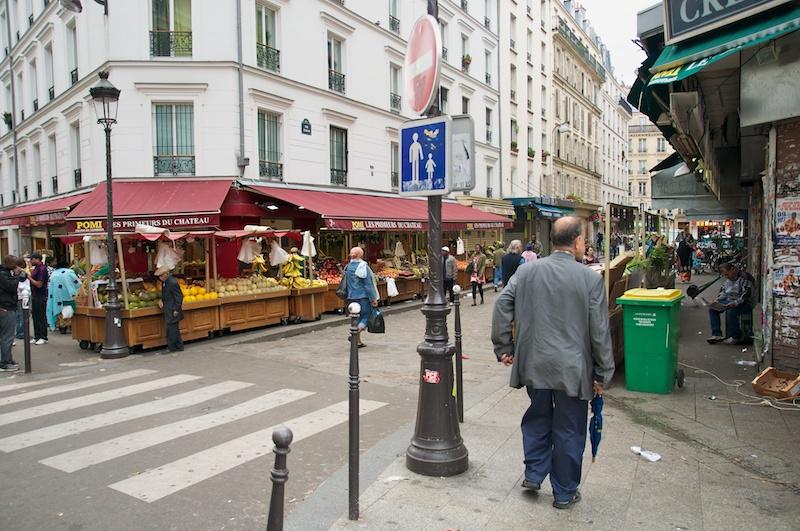 The market street, Rue Dejean