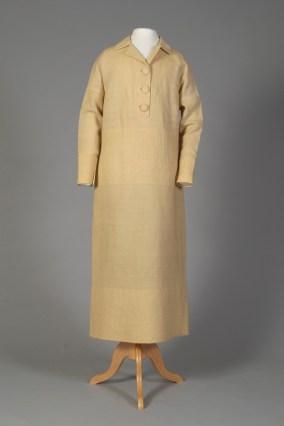 American, ca. 1920. Ivory wool day dress.