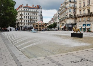 Fontaine Place de la République (02)
