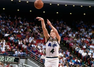 Scott Skiles au shoot - Orlando Magic (c) nba.com