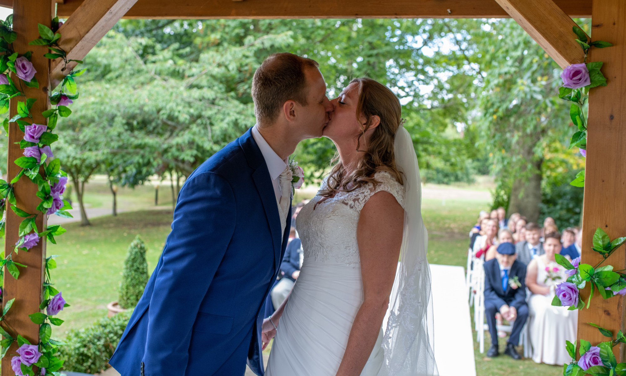 Tudor Park Marriott Hotel & Country Club in Maidstone , Kent - Frank and Stephs first kiss as the new Mr & Mrs Andrews