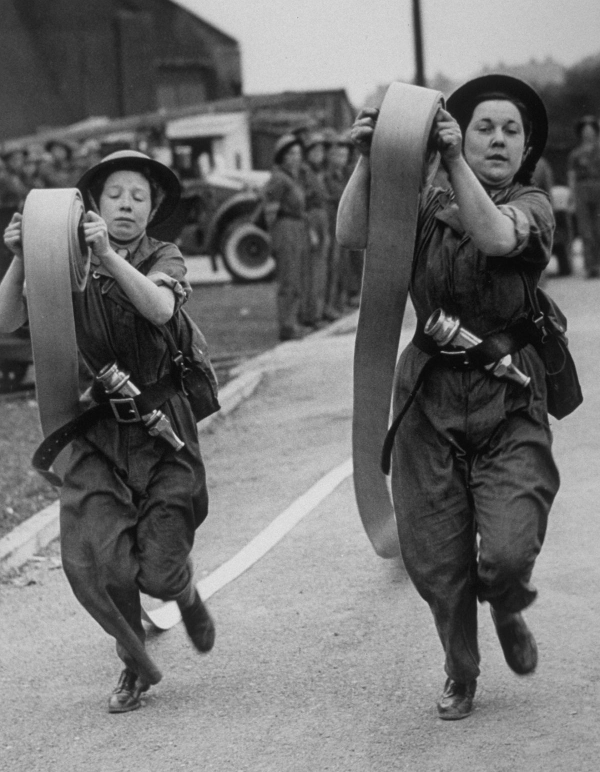 Extraordinary Photos Of Women Fire Fighters In Britain