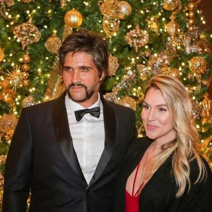 Leo Chaves e esposa