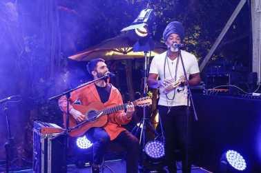 Silva e Carlinhos Brown 3593