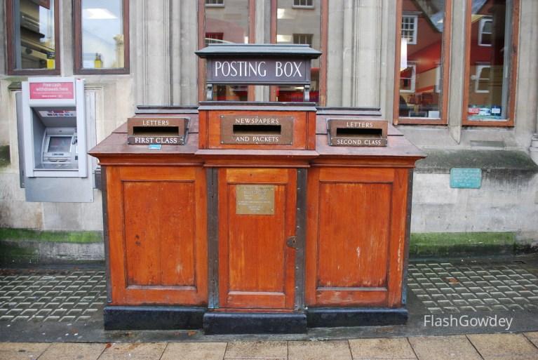 Post Box, Oxford, UK (October 2014)