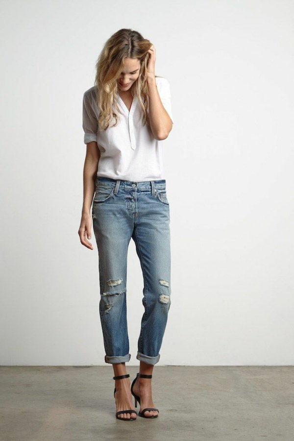 femme-jean-boyfriend-tenue-chemise-chaussures-a-talon