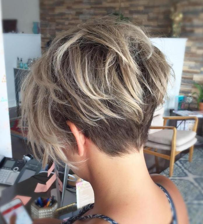 Undercut Fine Hair Pixie avec Balayage Blonde