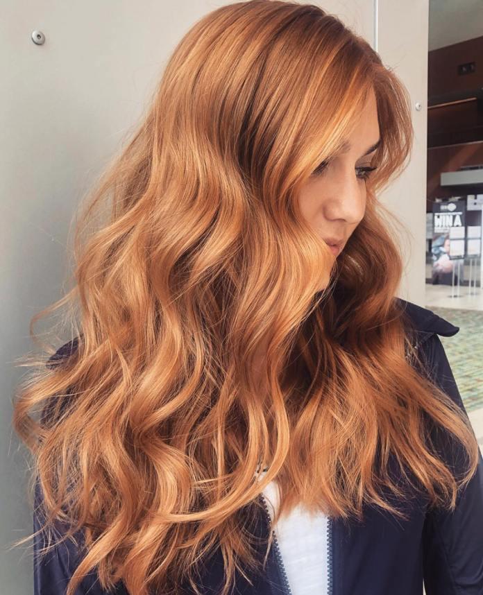 Couleur de cheveux fraise cuivre doux