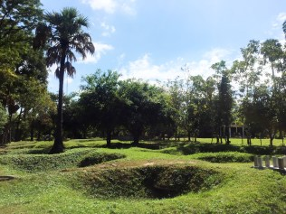 Mass grave at Killing Fields