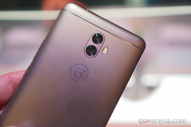 How to Flash Stock Rom onGionee A1 Plus