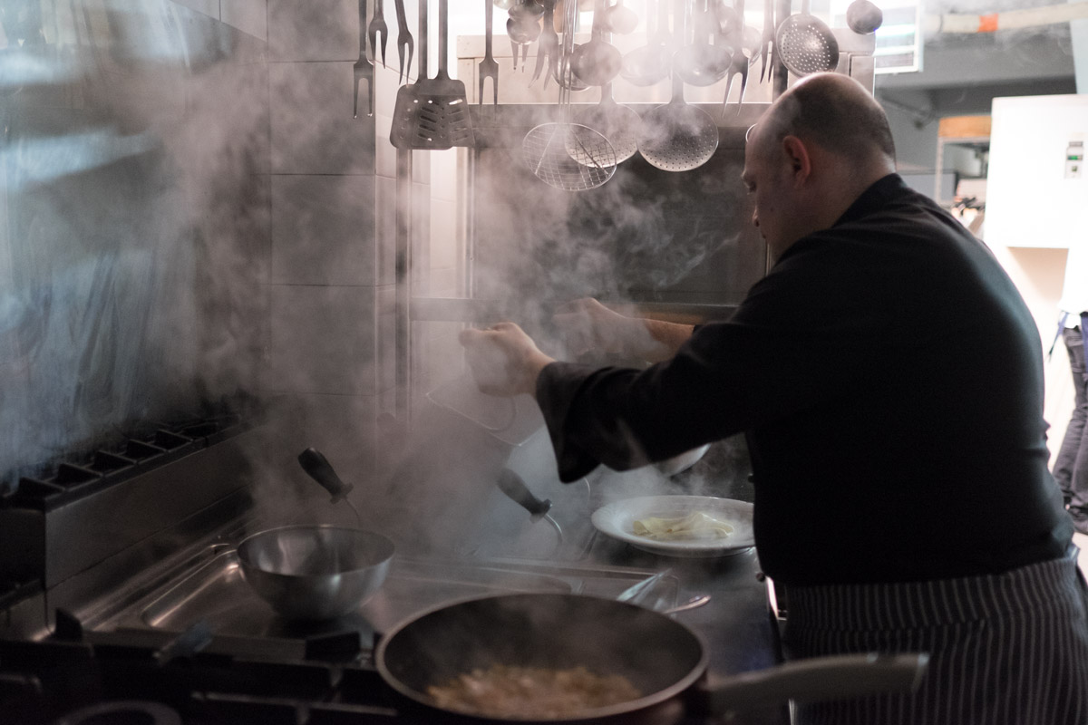 al ristorante Altrove a Roma la cena della legalità