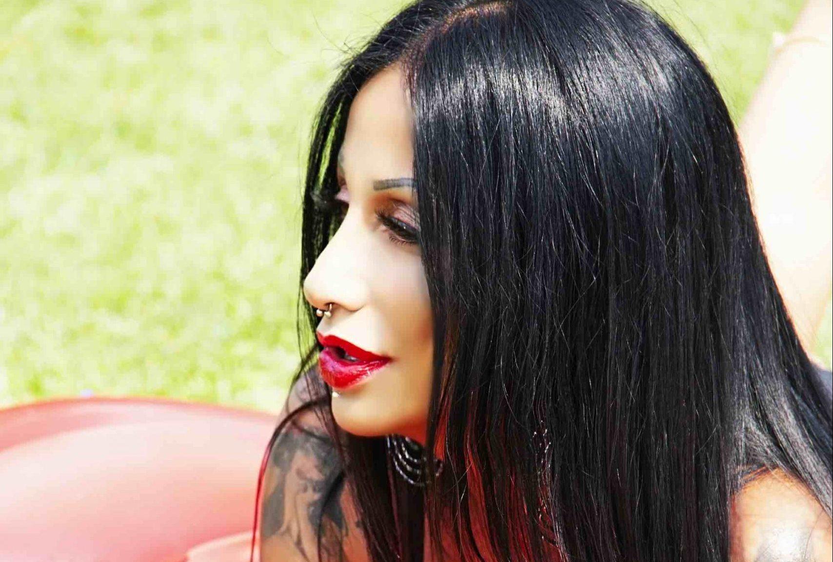 """YULLA: da oggi l'album OLVIDAR """"DIMENTICARE"""" e il singolo """"No me quiero a enamorar"""""""
