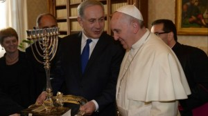 Pope Francis I and Prime Minister Benjamin Netanyahu meet in Rome on December 2, 2013. (photo credit: Amos Ben Gershom/GPO/Flash90/Times of Israel)