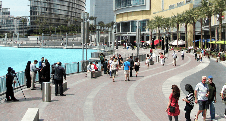 Social Etiquette in Dubai