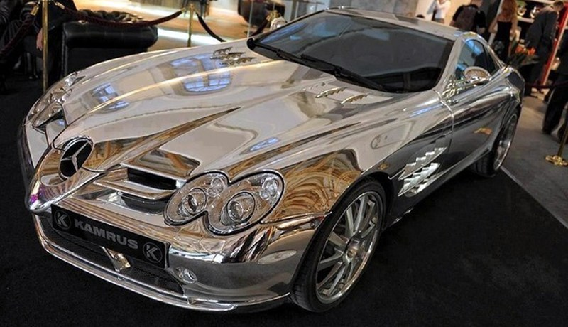 white gold Mercedes SLR