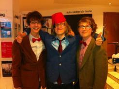 Tre gånger Doctor Who: Hjalmar, William och Otto.