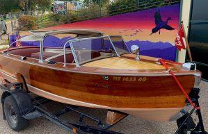 Show auction boat.